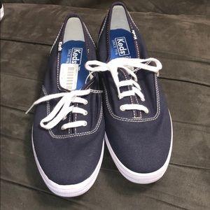 Navy blue keds size 8
